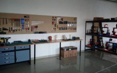 3D tisk, elektronika, šicí stroje, CNC nebo laser. Brzy otevřeme high-tech dílnu a makerspace v Praze