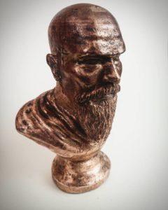 Bronzová soška