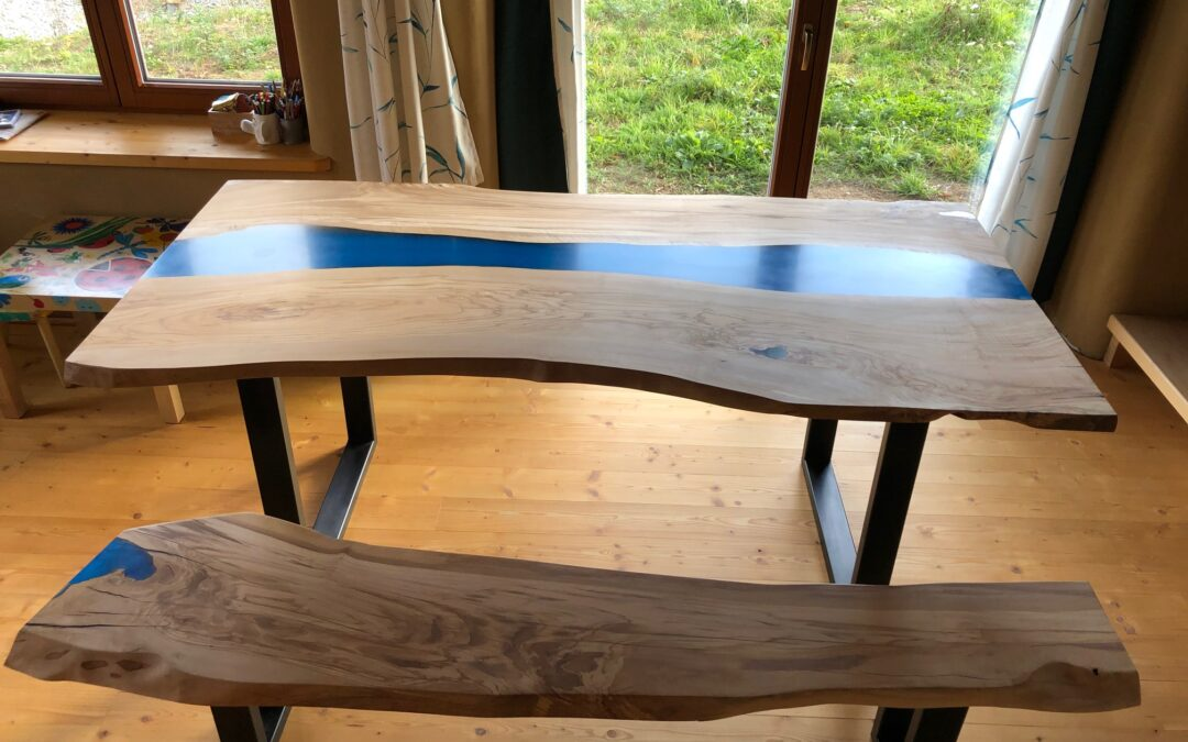 Production of dining table with resin