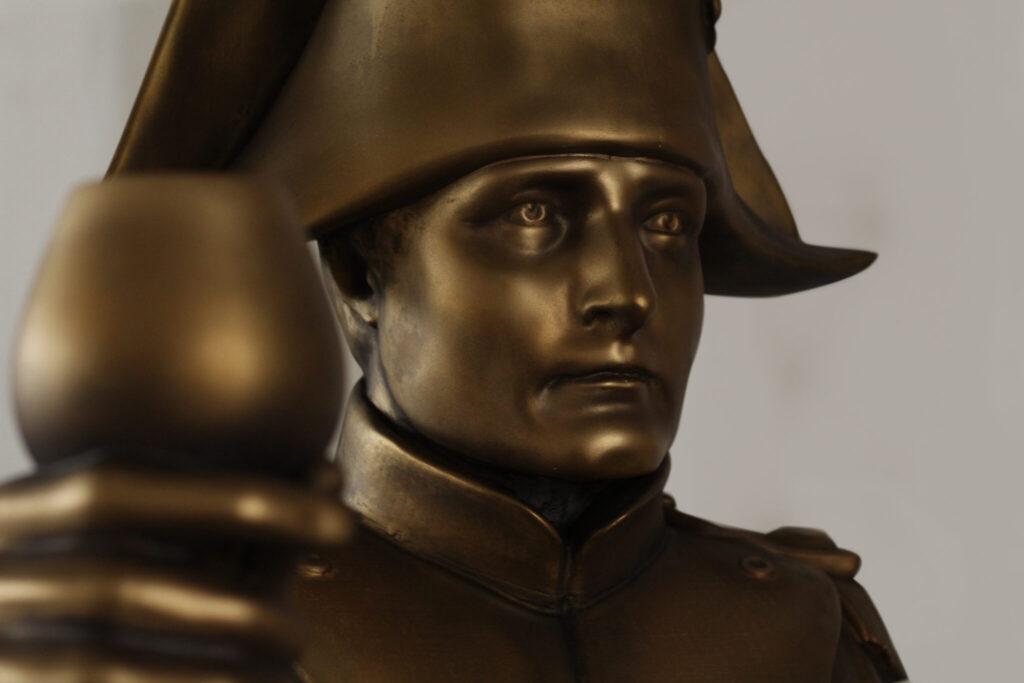 socha Napoleon Bonaparte životní